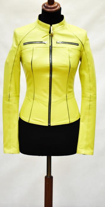 модная куртка из натуральной кожи