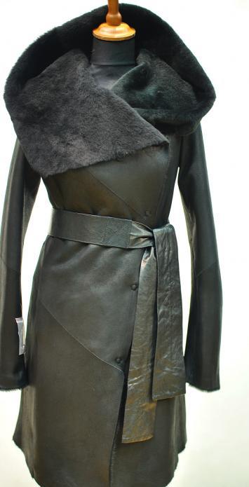 Тонкая дубленка с кожаным поясом