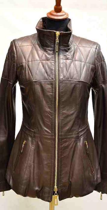 куртка с боллоном по подолу