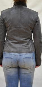 классические пиджаки из замши