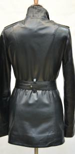 весенняя женская кожаная куртка