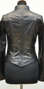 кожаная куртка короткая
