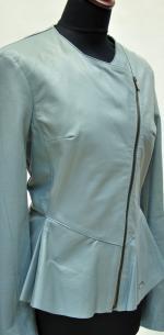 куртка на косой молнии с баской
