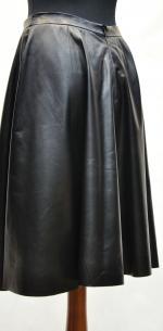 модная кожаная юбка