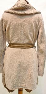 Астраган с текстильным капюшоном Анфас